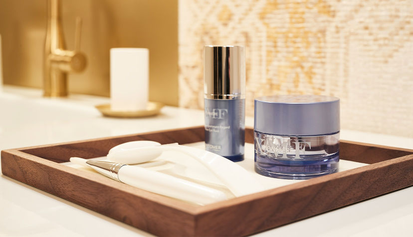 Anti-aging products Phytomer Spa